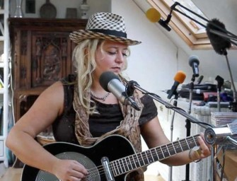 Bex Marshall performs live in The BluesMobile Studio!