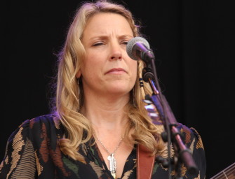 "Susan Tedeschi performs ""700 Horses"" live in The BluesMobile studios."