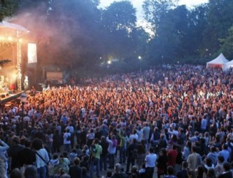Elwood Looks at Blues Festivals in Europe