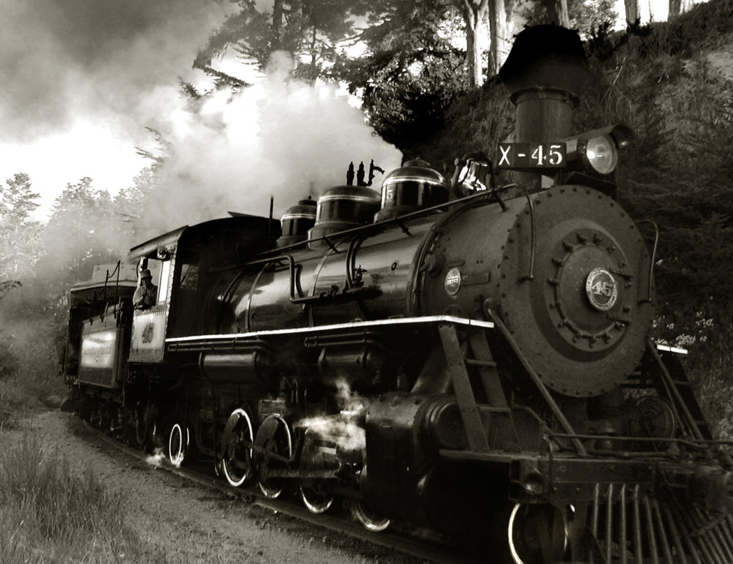 http://thebluesmobile.com/wp-content/uploads/2014/10/California_Western_Railroad_Locomotive_45-1050x808.jpg