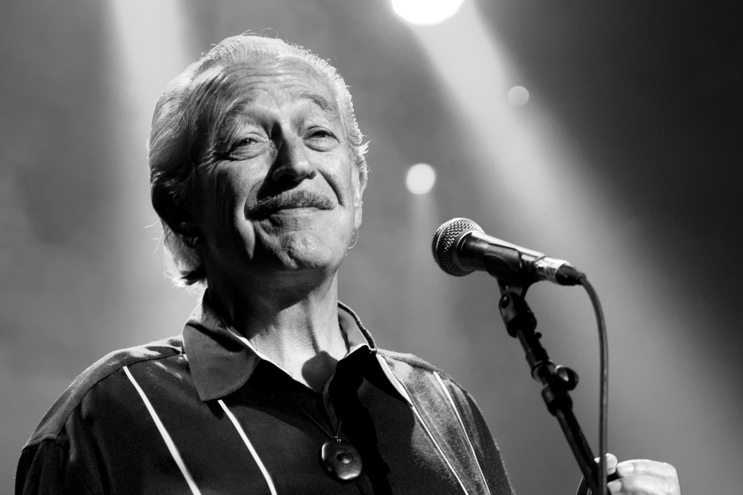http://thebluesmobile.com/wp-content/uploads/2015/08/charlie-musselwhite-photograph-by-Nathan-David-Kelly1-1050x700.jpg
