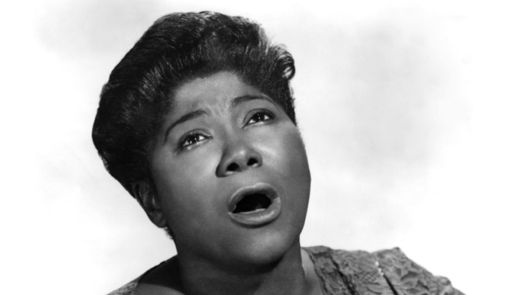 http://thebluesmobile.com/wp-content/uploads/2015/10/081511-National-Mahalia-Jackson-1050x590.png