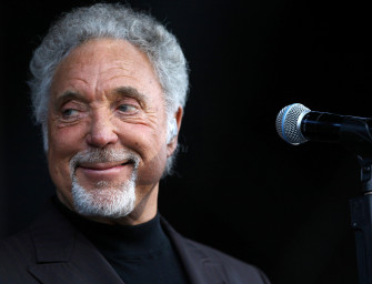 "Elwood's Blues Breaker: Tom Jones ""Bring It On Home"""
