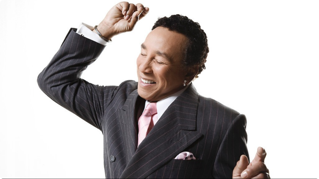 http://thebluesmobile.com/wp-content/uploads/2016/02/103013-shows-sta-performer-smokey-robinson-press-portrait-1050x590.png