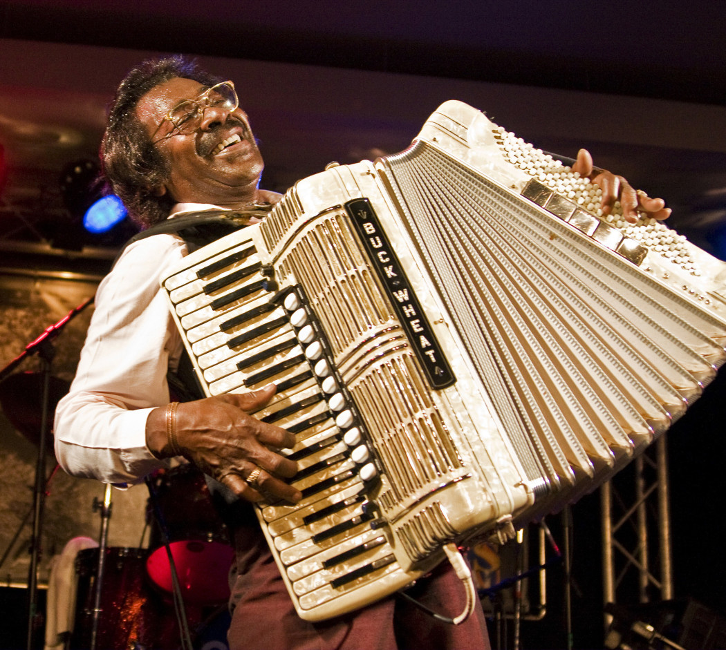 http://thebluesmobile.com/wp-content/uploads/2016/09/chi-ugc-article-grammy-award-winning-buckwheat-zydeco-to-perf-2014-02-20-1050x941.jpg