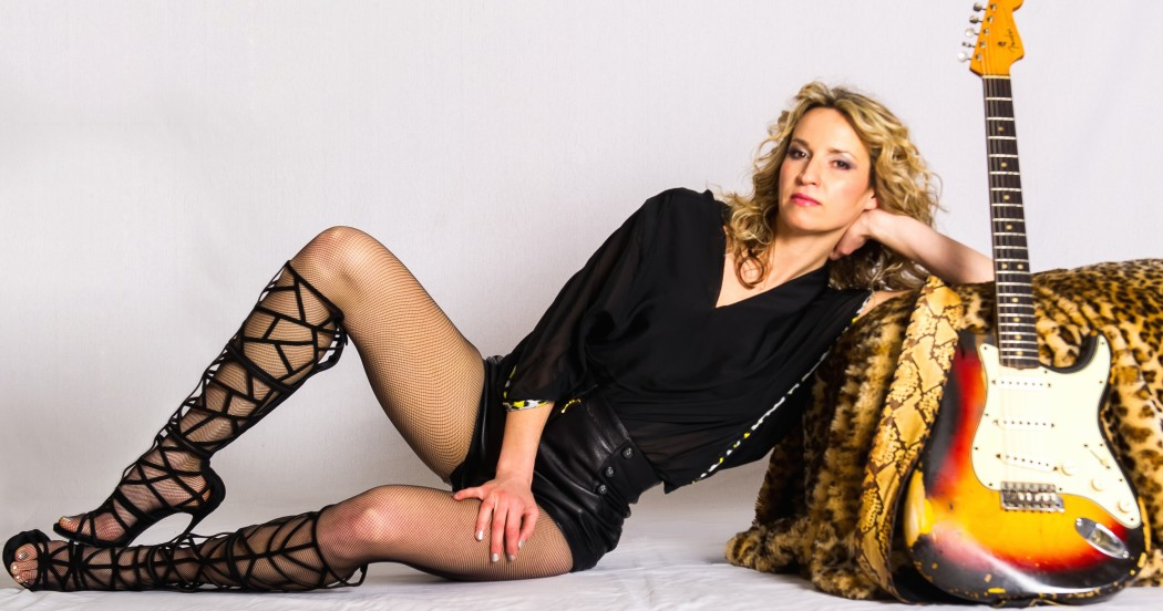 http://thebluesmobile.com/wp-content/uploads/2016/11/ana_popovic_by_mark_goodman-crop-1050x552.jpg